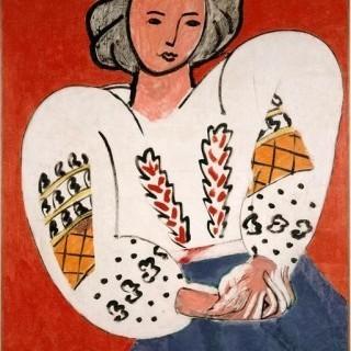 루마니아 풍의 블라우스를 입은 여인