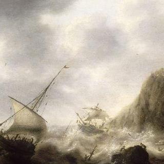 암석 해안 근처의 폭풍우