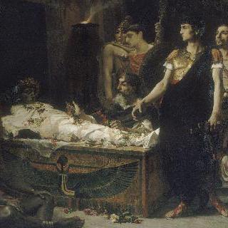 알렉산더 대왕 묘지 앞의 아우구스투스