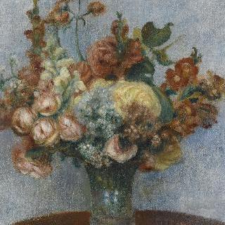 꽃병에 꽂혀있는 꽃