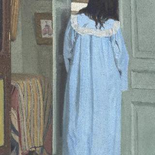 실내, 장을 뒤지고 있는 푸른 옷을 입은 여인