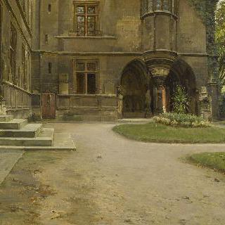 클뤼니 저택 예배당의 전경