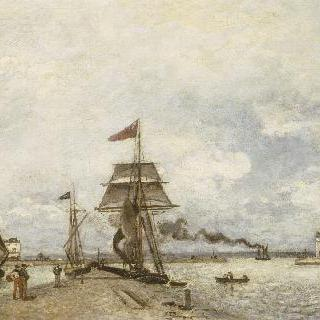 옹플뢰르 항구 입구