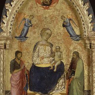 세례 요한과 또 다른 성자 사이에 있는 성모자