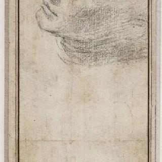 왼쪽으로 4분의 3각도로 기울어진 남자의 두상