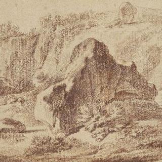 자갈 투성이의 골짜기의 바위들