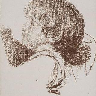 아이의 좌측 측면 두상