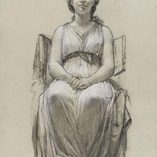 꽉 쥔 손을 배에 올리고 발을 꼬고 주름진 천을 두르고 앉아있는 여인