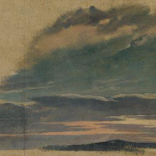 석양의 구름낀 하늘