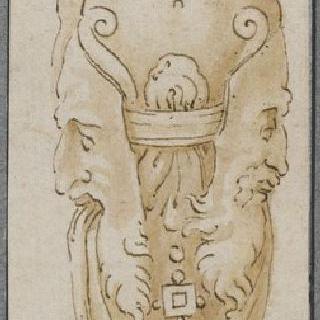 여인상 기둥