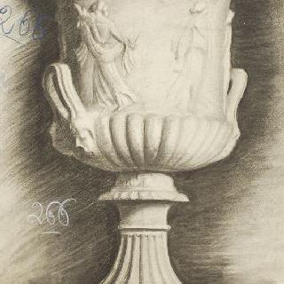 바쿠스 신의 여제관들로 장식된 주랑