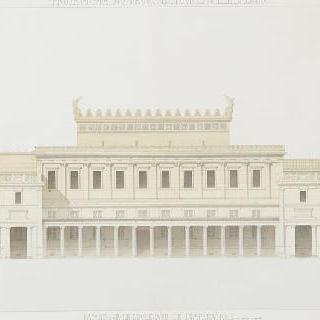 알제리의 재판소, 황후 대로쪽의 정면