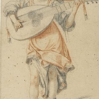 악기를 연주하는 주름진 옷을 입은 서 있는 여인