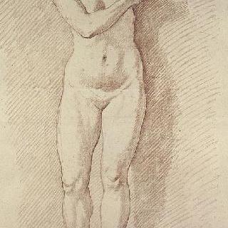 왼쪽과 아래를 바라보는 서 있는 나체의 여인의 정면