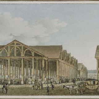 파리 사원의 옛 영지에 새로 건설된 구식 린네르 시장의 전경