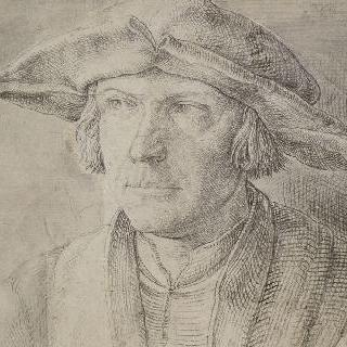 챙이 넓은 모자를 쓴 남자의 정면 초상