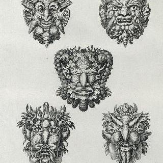 판 15 : 베르사유의 테티스 동굴 안의 조개껍질과 조가비로 만든 다섯 가면 이미지