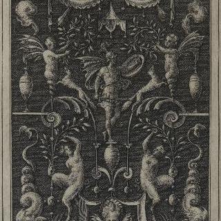 군신 마르스가 있는 그로테스크 장식