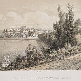 베르사유 성 앞을 지나는 서부행 열차