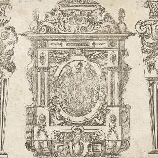 소 사무실 양측 난간의 조각된 세 앞면을 나타내는 판화
