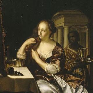 몸치장을 하는 여인