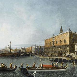 베니스의 듀칼 궁전과 몰 궁전의 전경
