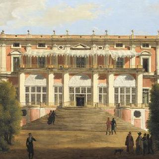 라 파보리트 궁전, 포르티치
