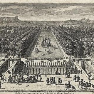 퐁텐블로의 폭포와 호수의 전경