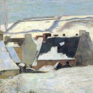 눈 덮인 브르타뉴 마을