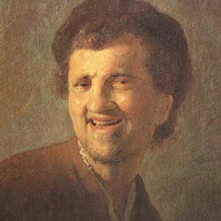 웃고 있는 젊은 남자의 흉상