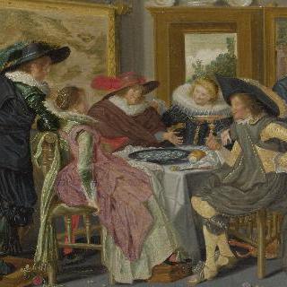 테이블에 둘러앉은 사교모임