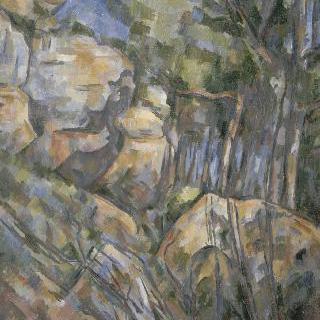 샤토 누아의 동굴 부근의 바위들