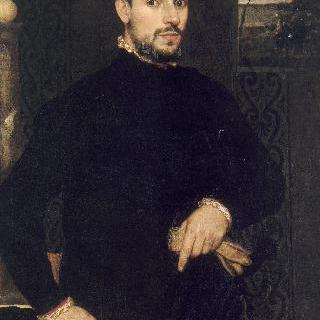 검은 옷을 입은 남자의 초상
