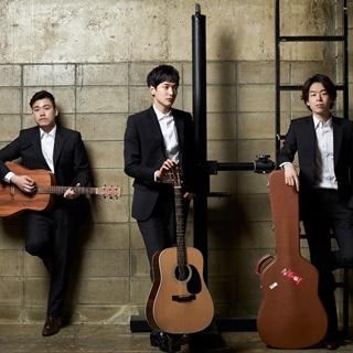 기타치는 세 남자