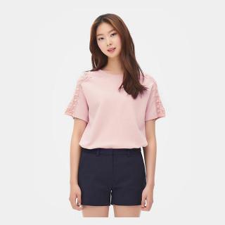 라이트 핑크 레이스 패치 티셔츠
