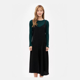 블랙 롱 플레어 드레스