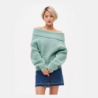 애플 그린 와이드 터틀넥 스웨터