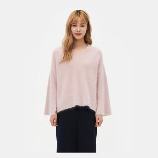 라이트 핑크 앙고라 브이넥 슬릿 스웨터
