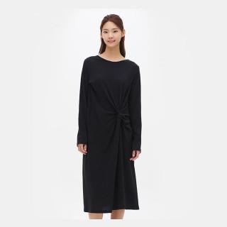 블랙 드레이프 롱 드레스