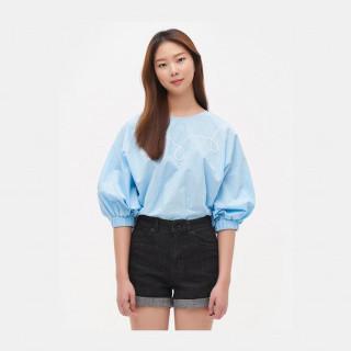 스카이 블루 퍼프 슬리브 셔츠