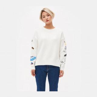 화이트 엠브로이더리 슬리브 스웨터