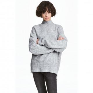 리브드 스웨터