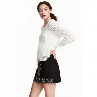 레이스업 니트 스웨터