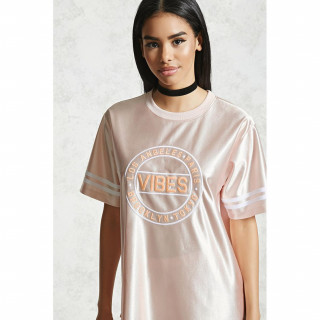 18 그래픽 새틴 티셔츠
