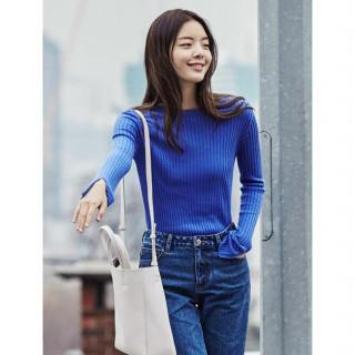 블루 베이직 스웨터