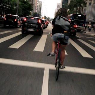 자전거 vs 자동차