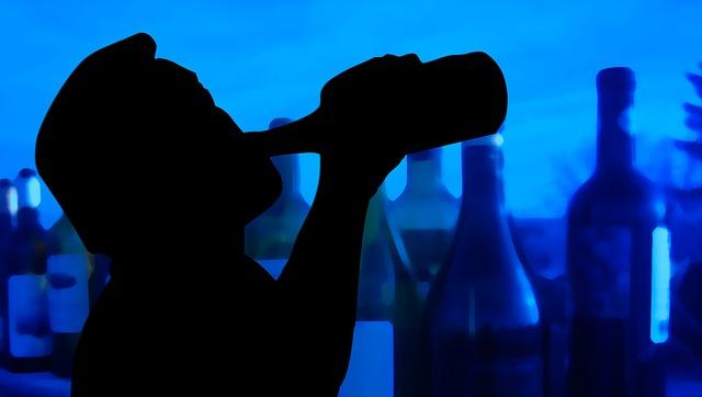 고급지게 취하고 싶을 때 좋은 강한 와인